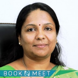 Dr.Smitha Surendran,Gynecologic,Gynecologist,Obstetrician,Ernakulam,Booknmeet